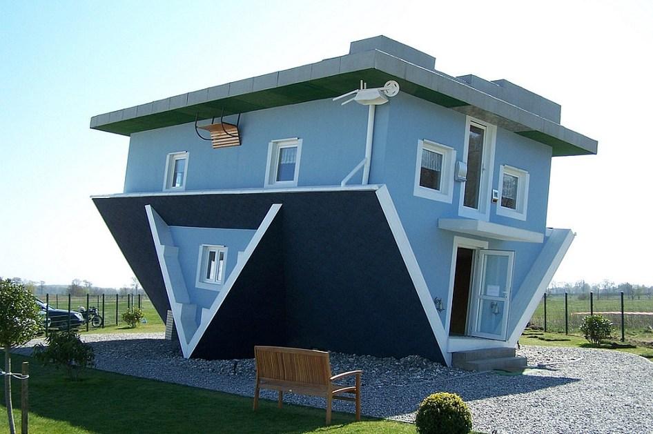 ''Naopaka kuća'', Trazenhajde, Nemačka