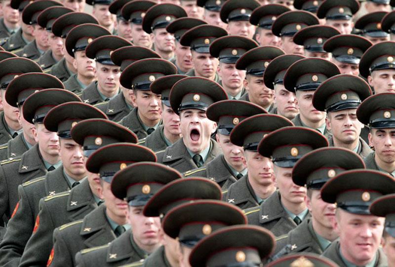 soldier-yawning
