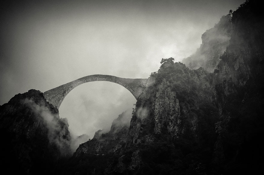 najmističniji mostovi