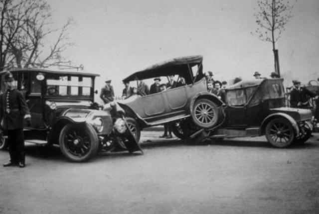 prva automobilska nesreća