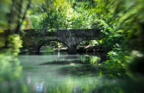 Crna reka (ukr. Чорна річка)