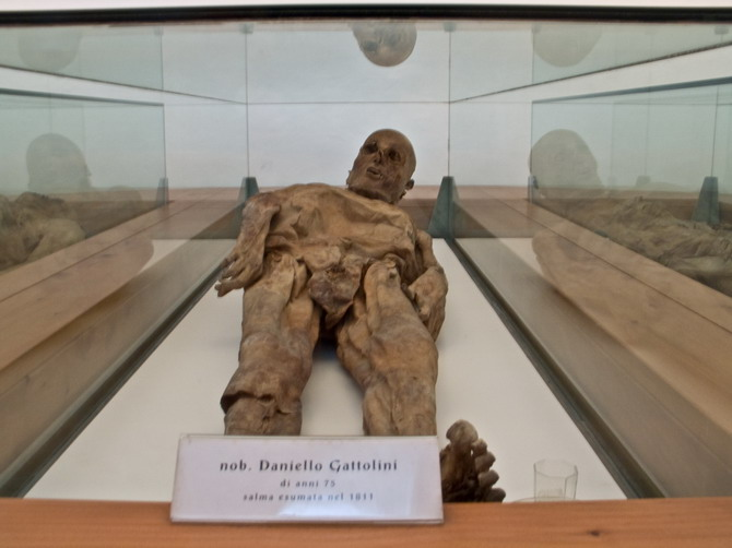 venzone mumije