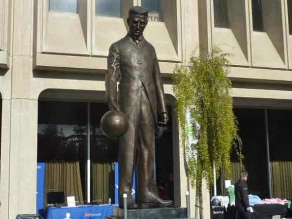 statua nikole tesle